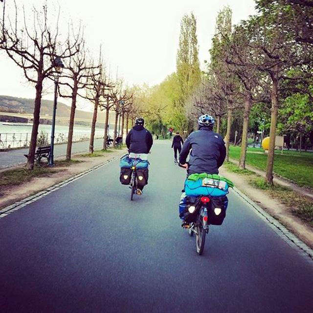 ren nehri bisiklet turu bonn